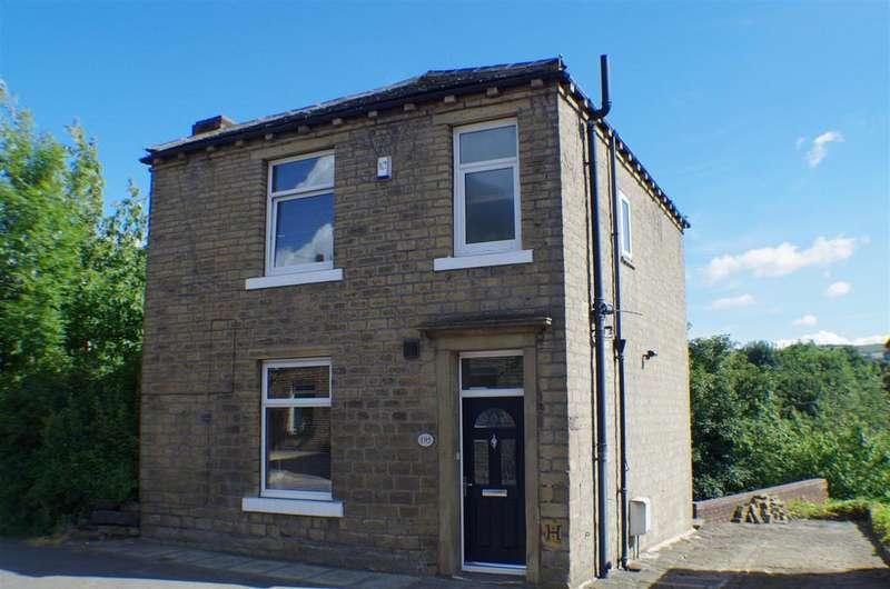 3 Bedrooms Detached House for sale in Saddleworth Road, Greetland