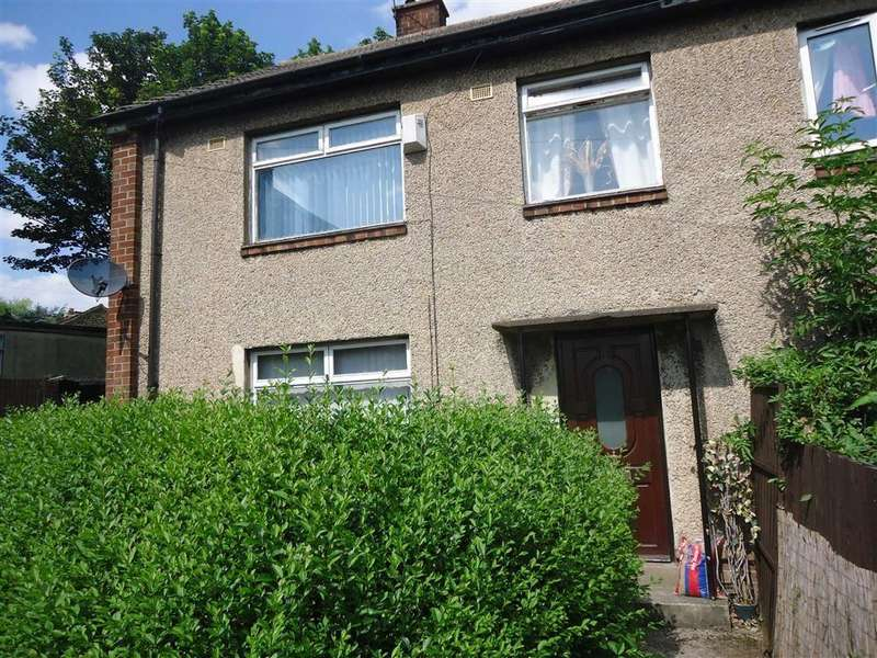 3 Bedrooms Semi Detached House for sale in Carisbrooke Crescent, Bradford, West Yorkshire, BD6