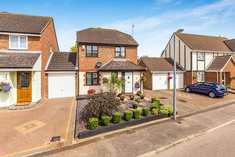 3 Bedrooms Detached House for sale in Hayfield, Stevenage, SG2