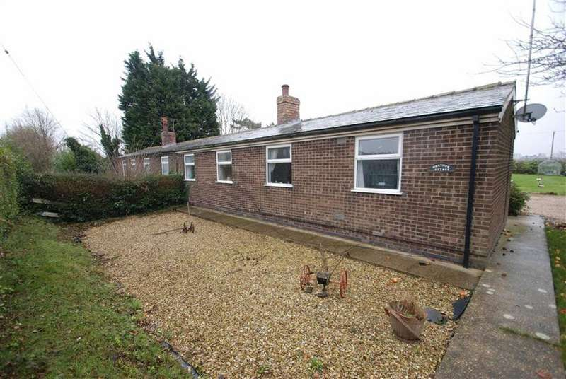 2 Bedrooms Semi Detached Bungalow for sale in Main Road, Friskney, Boston