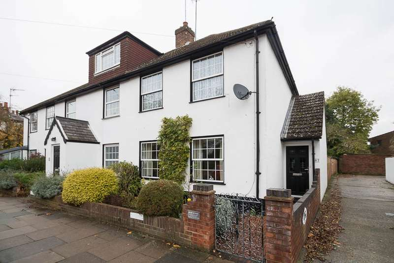 2 Bedrooms End Of Terrace House for sale in Church Street, Staines Village, Staines-Upon-Thames, TW18