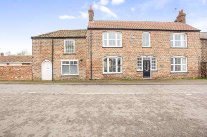 4 Bedrooms Semi Detached House for sale in Terrington St. Clement, King's Lynn, Sutton Road