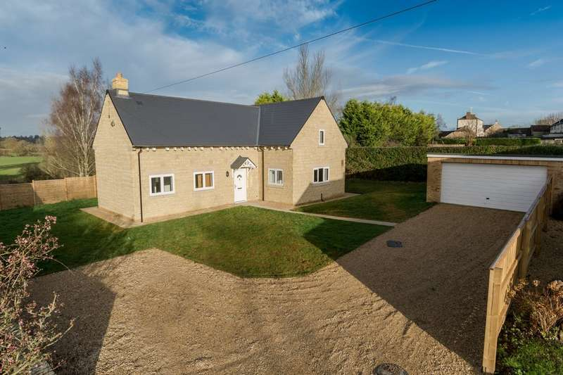 3 Bedrooms Detached House for sale in Great Somerford