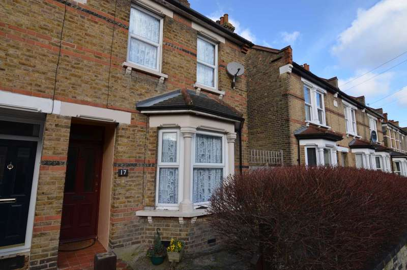 2 Bedrooms Semi Detached House for sale in Bedford Road, Sidcup, DA15 7JP