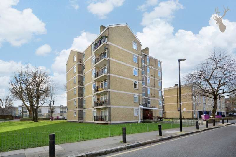 2 Bedrooms Flat for sale in Gowan House, Chambord Street, Shoreditch, E2