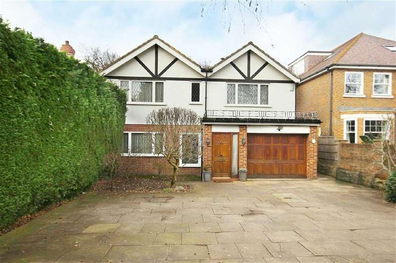 4 Bedrooms Detached House for sale in Cuffley Hill, Goffs Oak, Hertfordshire