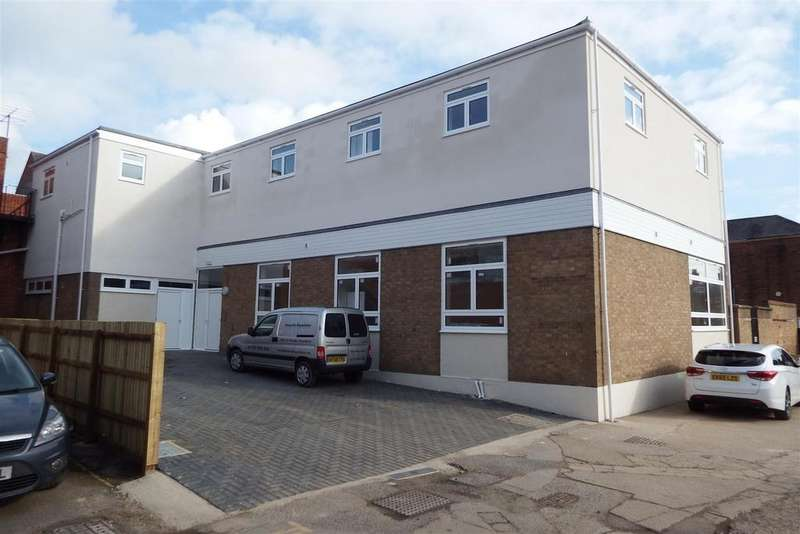 2 Bedrooms Flat for sale in Gore Lane, Spalding