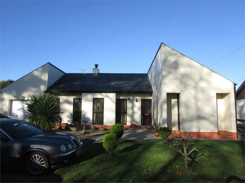4 Bedrooms Detached Bungalow for sale in Llanteg, NARBERTH, Pembrokeshire