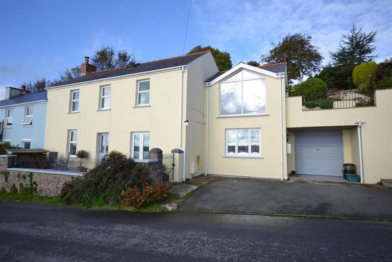 4 Bedrooms Semi Detached House for sale in Llanstadwell, Milford Haven