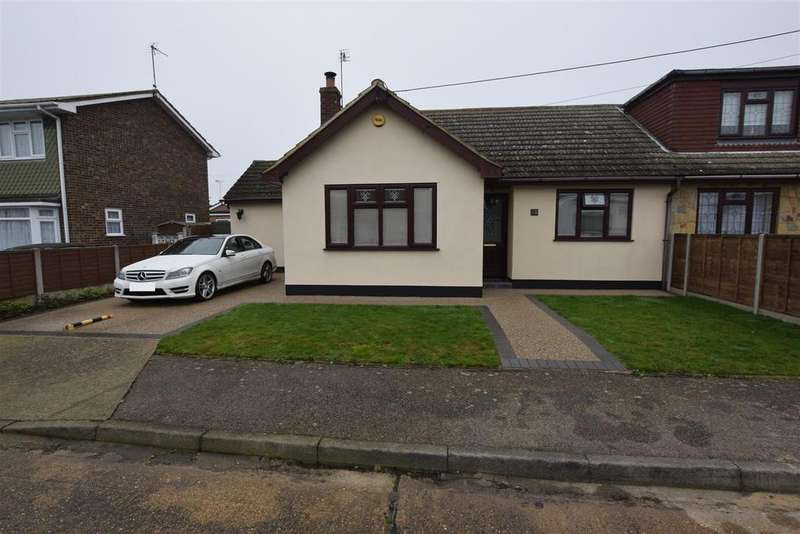 2 Bedrooms Semi Detached Bungalow for sale in Canvey Island