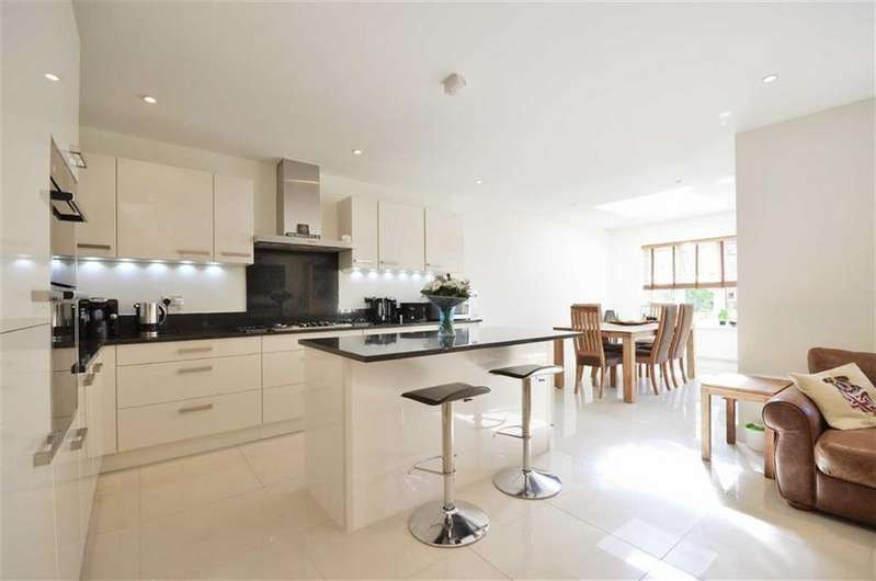 4 Bedrooms Semi Detached House for sale in Woolman Road, Watford, Hertfordshire