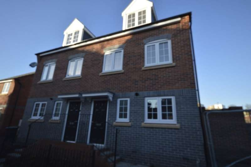 4 Bedrooms Semi Detached House for sale in The Yew Commercial Road, Hanley, Stoke-On-Trent, ST1