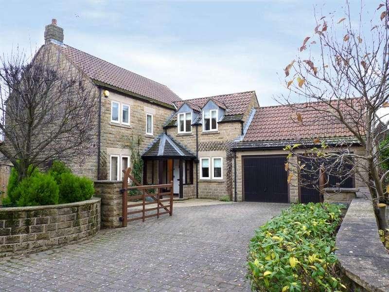 4 Bedrooms Detached House for sale in The Gables, Knaresborough