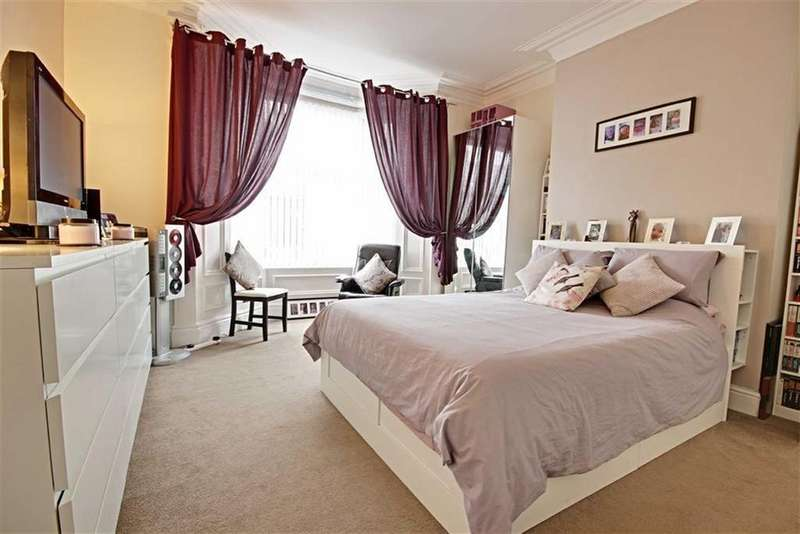 2 Bedrooms Flat for sale in Stanhope Road, South Shields, Tyne And Wear