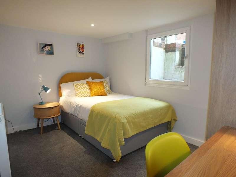 1 Bedroom House for rent in St. John's Street, Reading