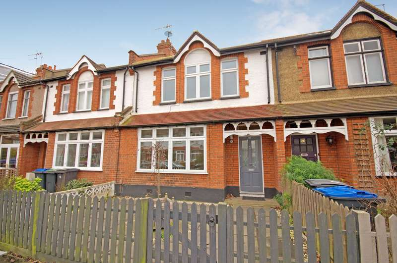 3 Bedrooms Terraced House for sale in Edge of The Groves