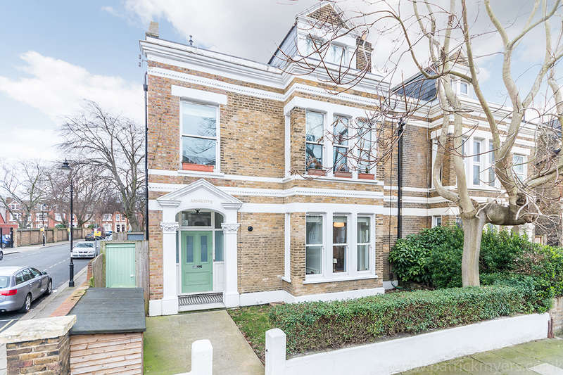 1 Bedroom Apartment Flat for sale in Baldwin Crescent, Camberwell, SE5