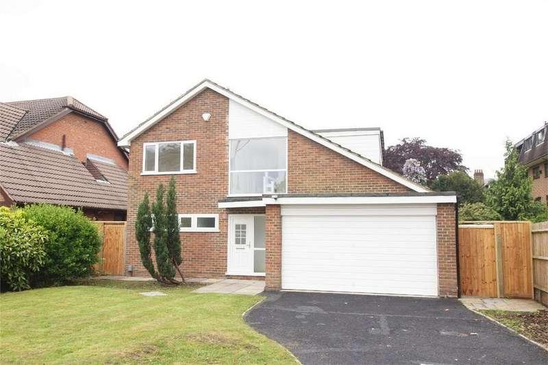 4 Bedrooms Detached House for sale in Overbury Avenue, Beckenham, Kent
