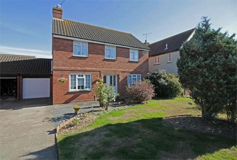 4 Bedrooms Detached House for sale in Hopkins Mead, CHELMSFORD, Essex