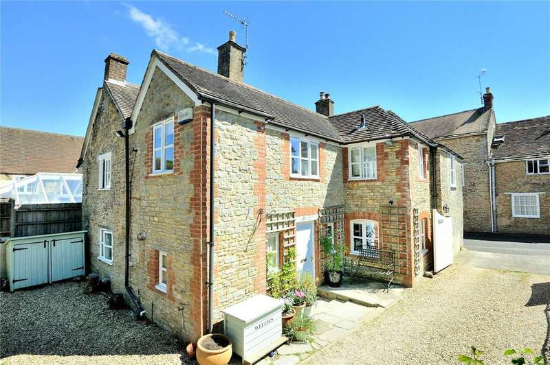 4 Bedrooms House for sale in Gold Street, Stalbridge, Sturminster Newton, Dorset