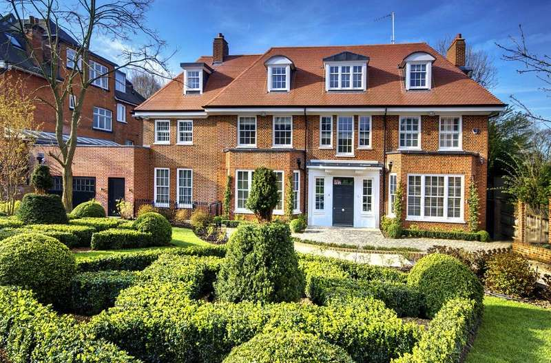 10 Bedrooms Detached House for rent in Hampstead