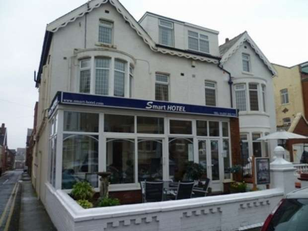 6 Bedrooms Hotel Gust House for sale in King Edward Avenue North Shore Blackpool