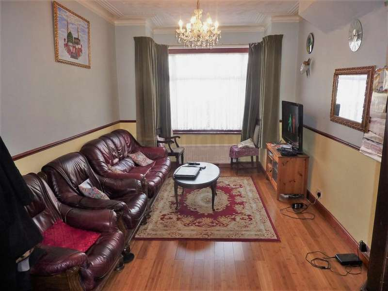 4 Bedrooms House for sale in Cromwell Road, Hounslow, TW3