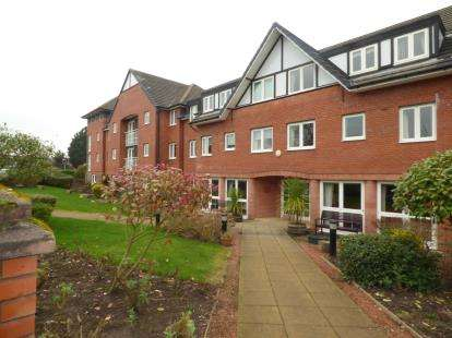 1 Bedroom Flat for sale in Arkle Court, The Holkham, Vicars Cross, Chester, CH3