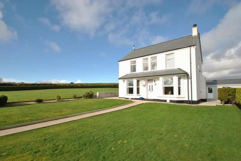3 Bedrooms Detached House for sale in Castle-An-Dinas, St. Columb