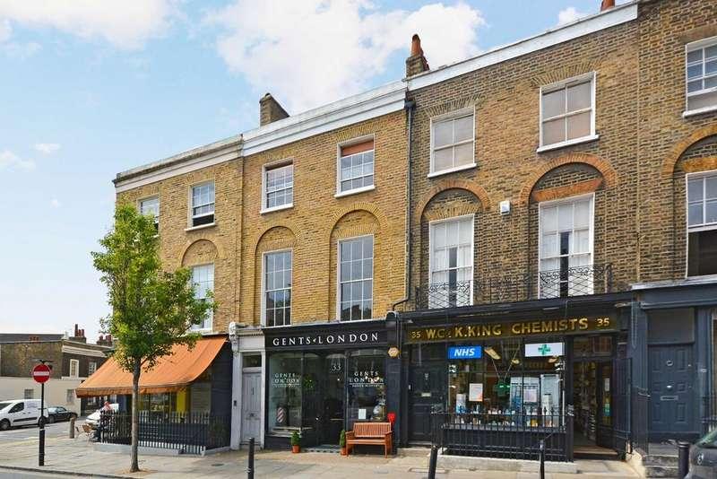 3 Bedrooms Flat for sale in Amwell Street, Clerkenwell, London