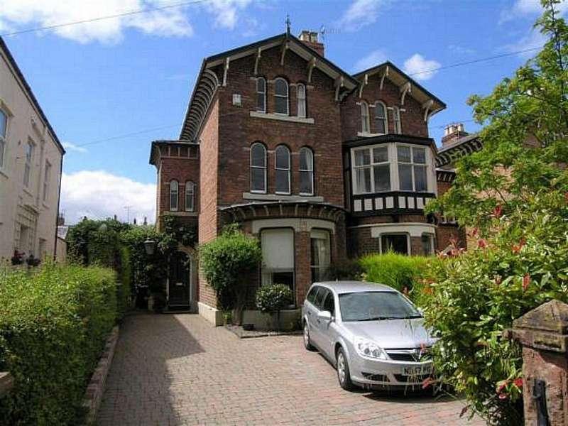 4 Bedrooms Semi Detached House for sale in Eaton Road, Handbridge