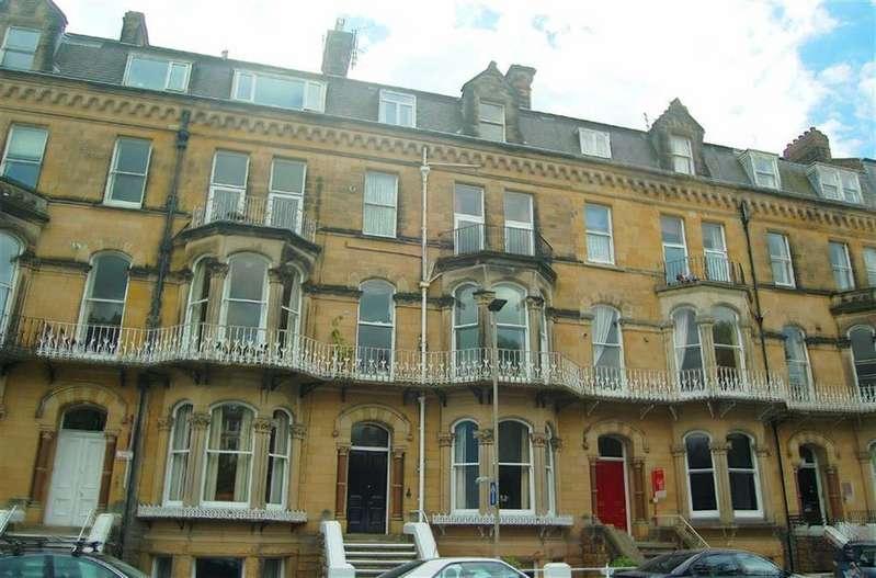 3 Bedrooms Flat for sale in Esplanade Gardens, Scarborough, North Yorkshire, YO11