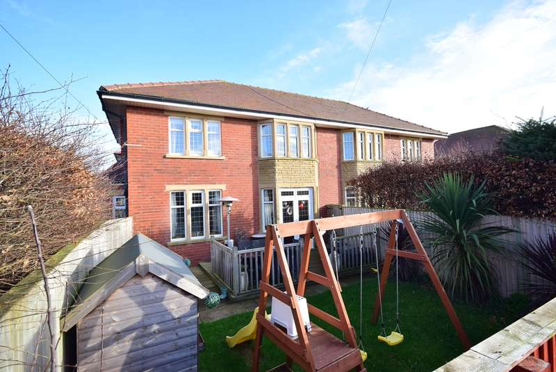 3 Bedrooms Semi Detached House for sale in Laverton Road, Lytham St Annes, FY8
