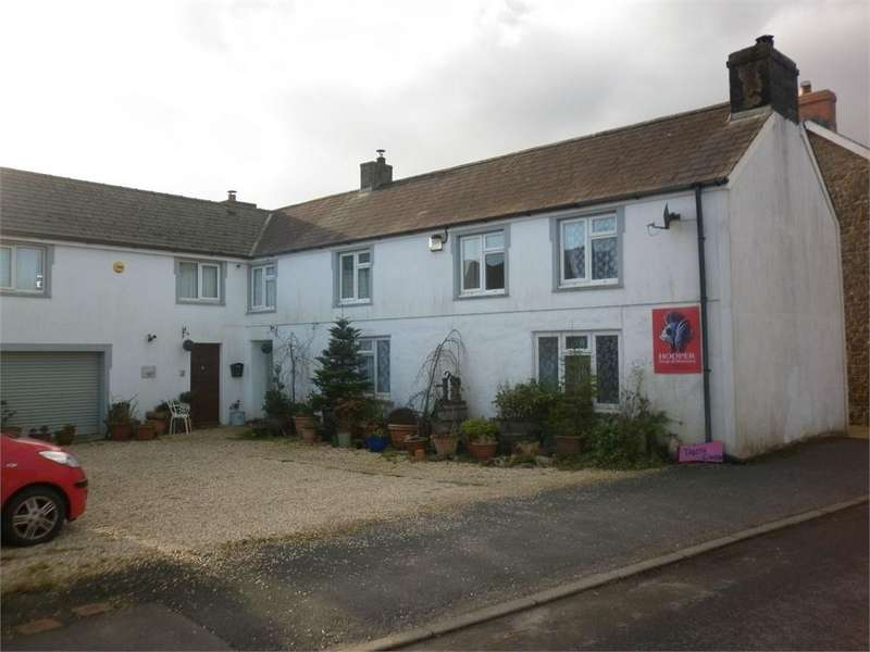 4 Bedrooms Detached House for sale in Traeth Gwyn, Robeston Wathen, NARBERTH, Pembrokeshire