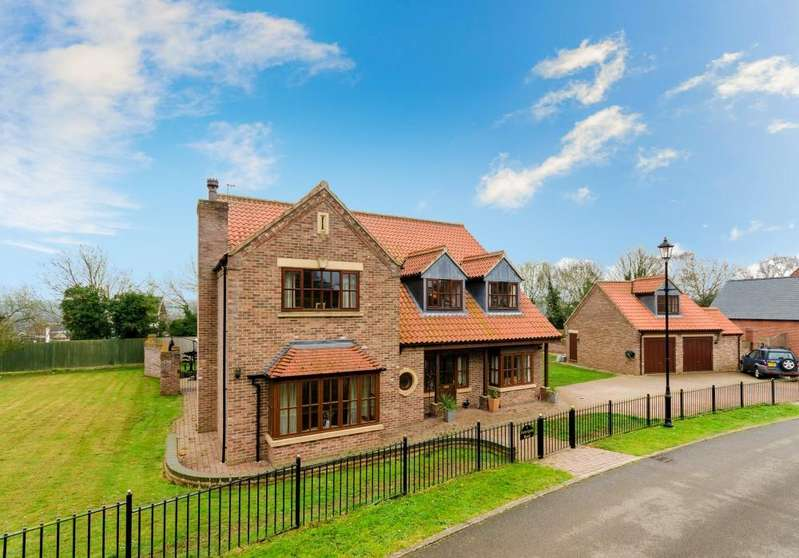 4 Bedrooms Detached House for sale in Pottergate Road, Ancaster, Grantham, Lincolnshire, NG32