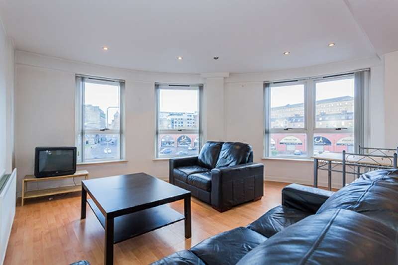 2 Bedrooms Flat for sale in Moir Street, Glasgow, G1 5AE