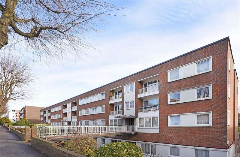 2 Bedrooms Flat for sale in Glynde House, Hove