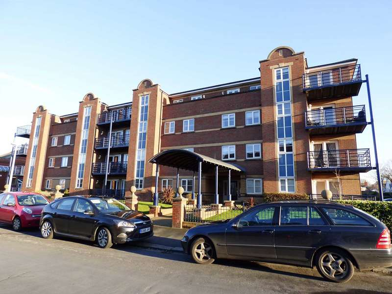 1 Bedroom Apartment Flat for sale in Scholars Court, Kings Road, St Annes