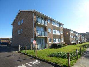 2 Bedrooms Flat for sale in Westbrook, Lustrells Vale, Saltdean, Brighton