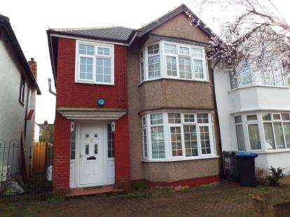 3 Bedrooms Semi Detached House for sale in Cranleigh Gardens, Harrow