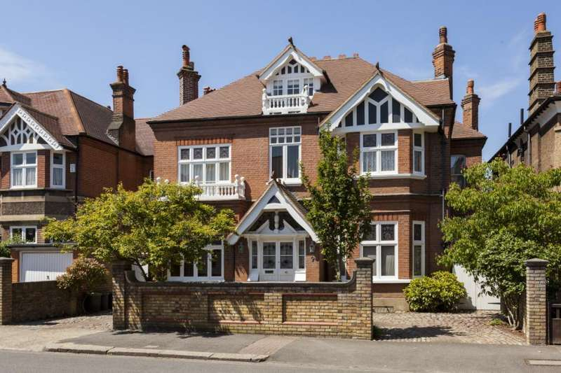 6 Bedrooms Detached House for sale in Egliston Road, London, SW15