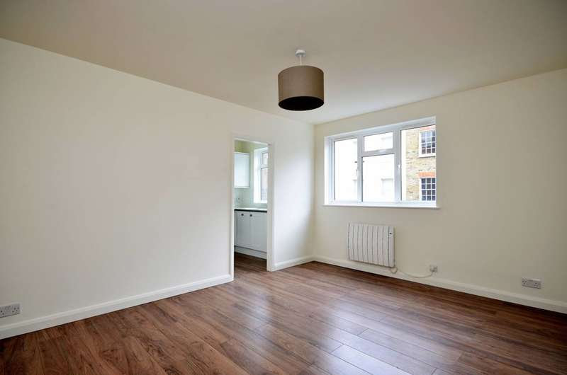 1 Bedroom Flat for sale in Bell Street, Marylebone, NW1
