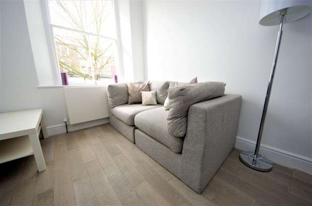 1 Bedroom Apartment Flat for sale in Caledonian Road, Islington, N1