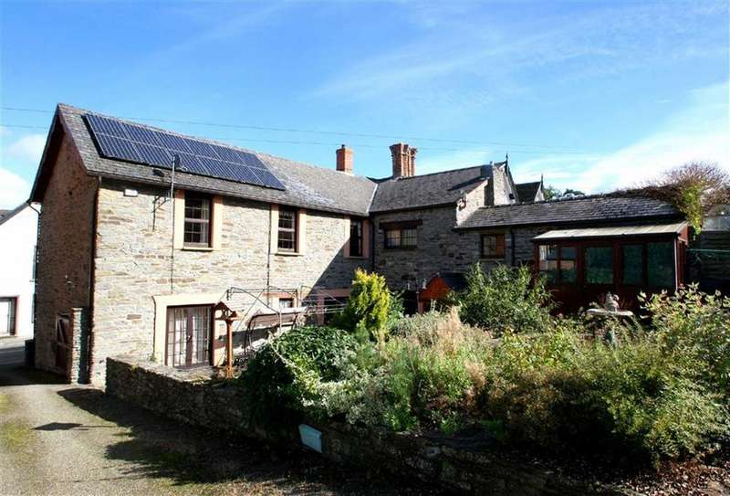 4 Bedrooms Town House for sale in Bridge Street, Knighton, Powys