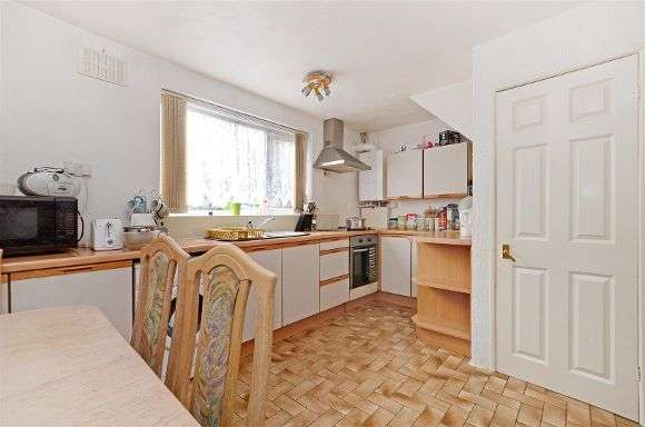 3 Bedrooms Property for sale in Spring Close Mount, Gleadless, Sheffield