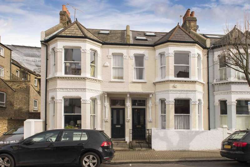 5 Bedrooms House for sale in Mysore Road, SW11
