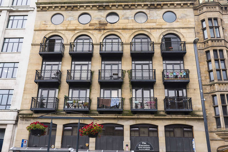 2 Bedrooms Apartment Flat for rent in Victoria House, 143-145 The Headrow, Leeds City Centre, Leeds, West Yorkshire, LS1