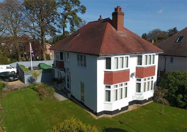 4 Bedrooms Detached House for sale in Branksome Dene Road, Branksome Dene, Bournemouth