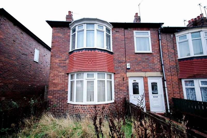 3 Bedrooms Flat for sale in Watt Street, Gateshead