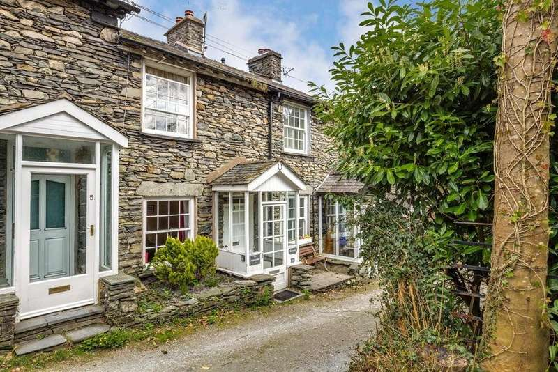 2 Bedrooms Cottage House for sale in Cregary Cottage, 4 Brook Street, Troutbeck Bridge, Cumbria, LA23 1HN